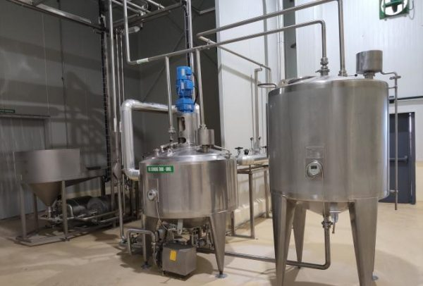 Industrial Yogurt processing plant with cup filling 5000LPH